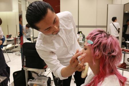 美容師をベースに『メイク』を経験できる環境もあります♪