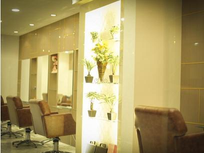 AUBE hair lagoon 新宿3号店