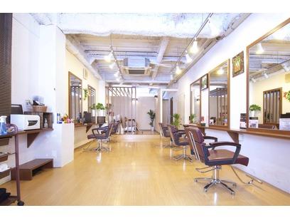 hair Resort moana (合同会社モアナ)