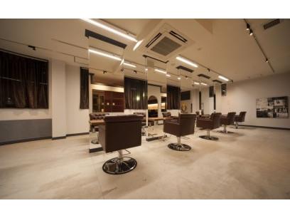 Ursus hair Design 竹ノ塚店