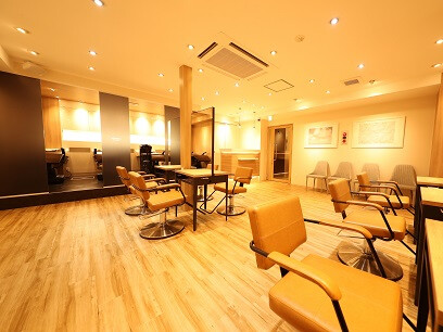 AROMA hair room横浜店