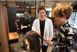hair salon ROOTS