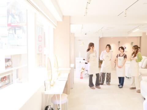 株式会社EIGHT's(浦和、上尾、新宿、上野、池袋、沖縄、金沢、恵比寿、博多)
