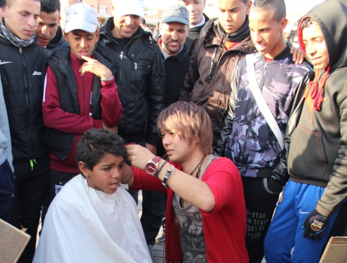 IMG 0100 e1434944460624 サハラ砂漠でヘアカット! -旅人美容師の世界一周の旅コラムvol.8モロッコ王国編-